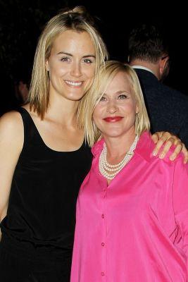 Taylor Schilling, Patricia Arquette