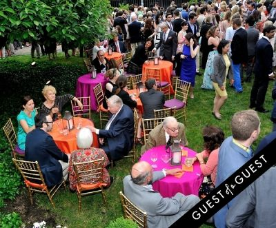 diane von-furstenberg in Frick Collection Flaming June 2015 Spring Garden Party