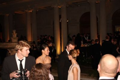 heather tom in Young Fellows of the Frick with the Diamond Deco Ball