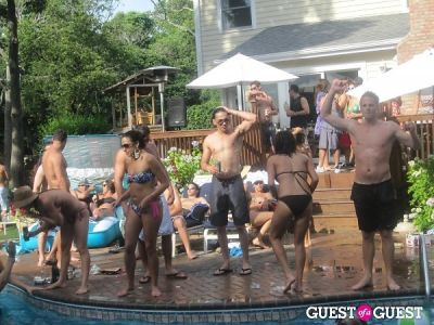 Stadiumred July 4th Pool Party in the Hamptons