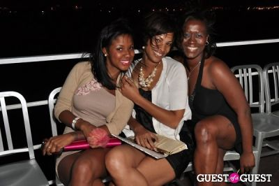 Signature Hits Yacht Party