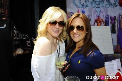 emma stone in The Team Fox Young Professionals of NYC Hosts The 4th Annual Sunday Funday