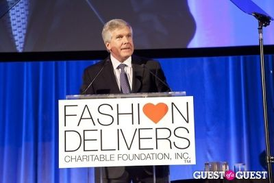 abbey doneger in Fashion Delivers Fashion Has A Heart Gala