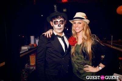 ashley parker in Taka Taka: Mexican Sushi + Japanese Tacos Day of the Dead Grand Opening