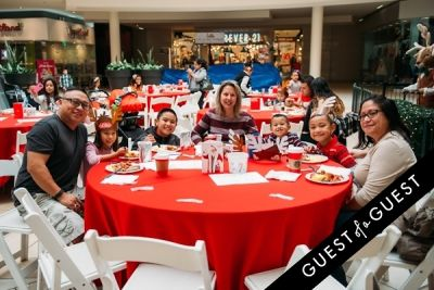 jennifer pablo in The Shops at Montebello Kidgits Breakfast with Santa