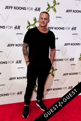 alejandro ingelmo in Jeff Koons for H&M Launch Party
