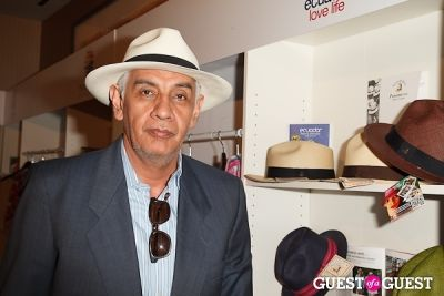 alejandro lecaro-romo in ProEcuador Los Angeles Hosts Business Matchmaking USA-Ecuador 2013