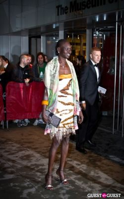 alek wek in Annual Amfar Foundation Benefit at the MoMA
