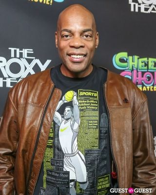 alonzo bodden in Green Carpet Premiere of Cheech & Chong's Animated Movie