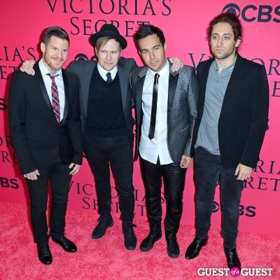 andy hurley in 2013 Victoria's Secret Fashion Pink Carpet Arrivals