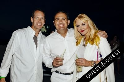 mike kling in Walk With Sally's 8th Annual White Light White Night