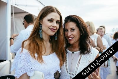 carie goldberg in Walk With Sally's 8th Annual White Light White Night