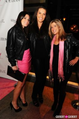 anne watkins in SuperTrash for Susan G. Koment - Fashion Fighting for the Cure hosted by Roxy Olin