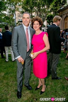 anthony l.-perricone in The Frick Collection Garden Party