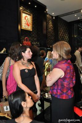 maureen puia in Meet Up Fashion