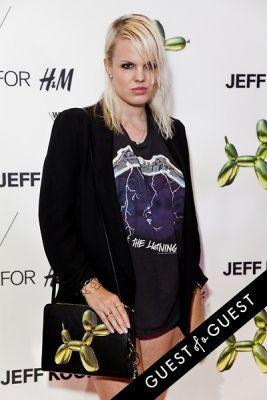 becka diamond in Jeff Koons for H&M Launch Party