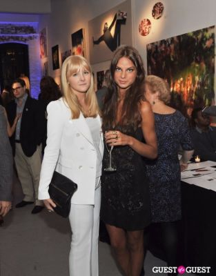 bella edlund in Carbon NYC Spring Charity Soiree