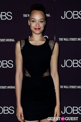 britne oldford in Jobs (The Movie) Premiere