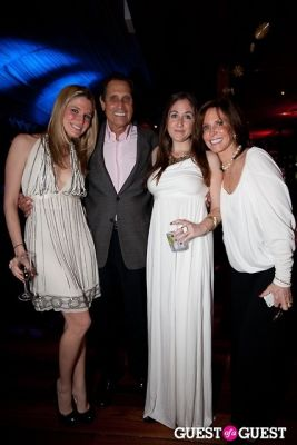 "dana feldman in Cancer Research Institute Young Philanthropists ""Night in White"""