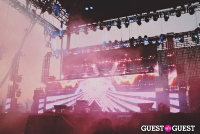 calvin harris in Coachella 2014 Weekend 2 - Sunday