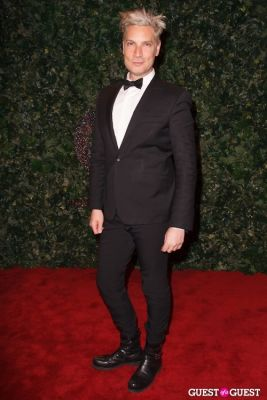cameron silver in QVC Red Carpet Style