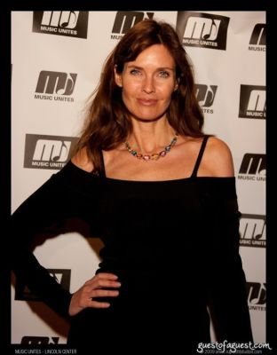 carol alt in Music Unites and Young Patrons of Lincoln Center Honor Mark Ronson