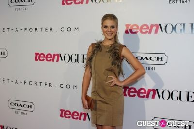 caroline sunshine in 9th Annual Teen Vogue 'Young Hollywood' Party Sponsored by Coach (At Paramount Studios New York City Street Back Lot)