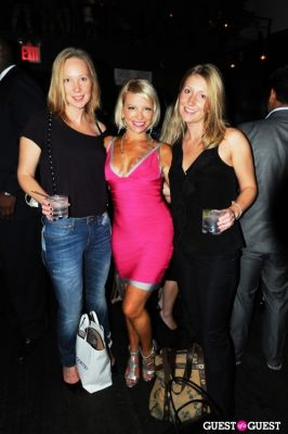 lori johannessen in WGirls NYC First Fall Fling - 4th Annual Bachelor/ette Auction