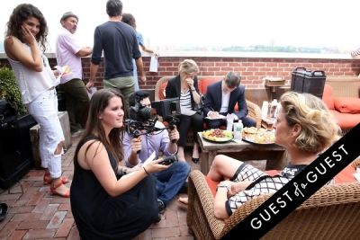 catie currie in Guest of a Guest's You Should Know: Behind the Scenes