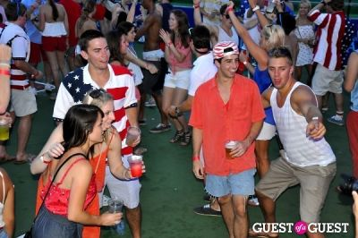 scott sartiano-and-richie-akiva in Red, White and Boom