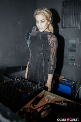 chelsea leyland in Oliver Theyskens Theory After Party