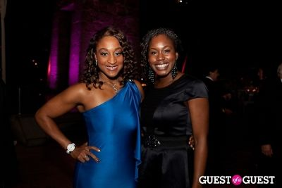 chichi anyanwu in Children of Armenia Fund 9th Annual Holiday Gala - gallery 2