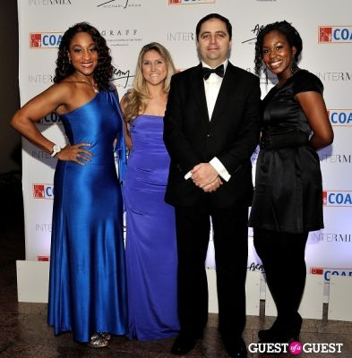 chichi anyanwu in Children of Armenia Fund 9th Annual Holiday Gala - gallery 1