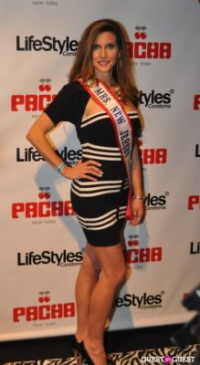 claire pavlinec in SNOOKI'S 23RD BIRTHDAY PARTY @ PACHA