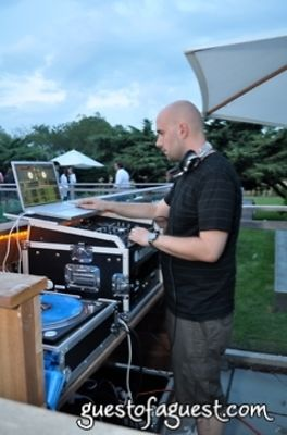 dj mick-boogie in StyleCaster at Sole East