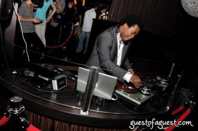 dj reach in Lucky Strike Party