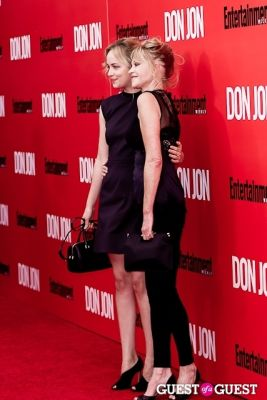 dakota johnson in Don Jon Premiere