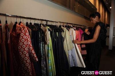 dana cobbs in Fashion Fights Cancer 2010