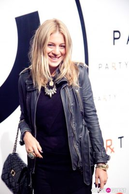 dani stahl in Chanel x RxArt Cocktail Party