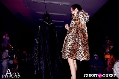farah moans in Couture Clothing Halloween Party 2013