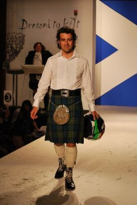 dario franchitti in Dressed To Kilt