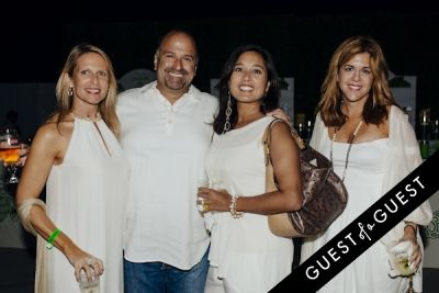 stacy jaffa in Walk With Sally's 8th Annual White Light White Night