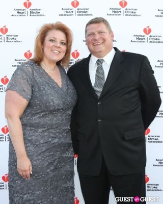 debra and-charles-keller in American Heart Association Heart Ball 2013