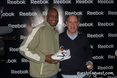 dee brown in Reebok Flash Opening