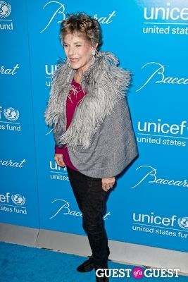 dena kaye in The 8th Annual UNICEF Snowflake Ball