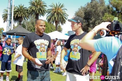donald faison in 3rd Annual All-Star Kickball Game Benefiting Rising Stars of America