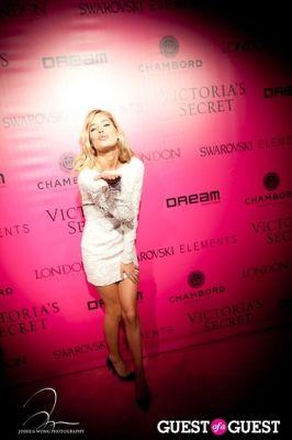 doutzen kroes in Victoria's Secret 2011 Fashion Show After Party