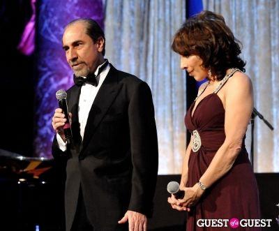 andrea martin in Children of Armenia Fund 10th Annual Holiday Gala