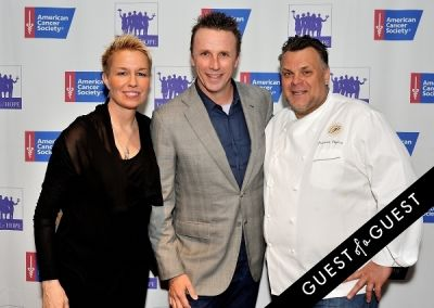 elizabeth falkner in American Cancer Society's 9th Annual Taste of Hope