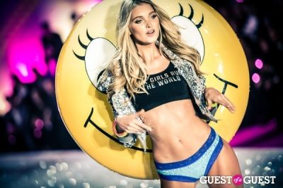 elsa hosk in Victoria's Secret Fashion Show 2013